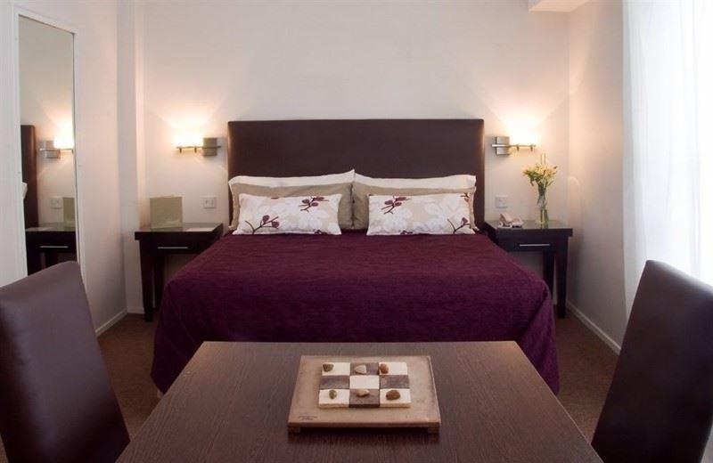 Sarmiento Suites Apart Hotel
