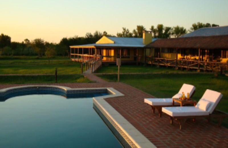 IBERA WETLAND WITH HOTEL AND TOURS