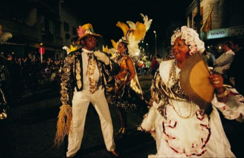 Dinner & Show: Candombe, Tango & Folklore