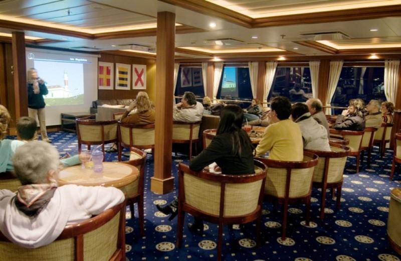 Viaje En Crucero Ushuaia/Punta Arenas