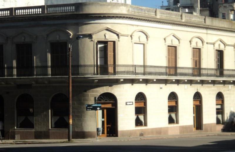 Un Día En Montevideo Desde Buenos Aires