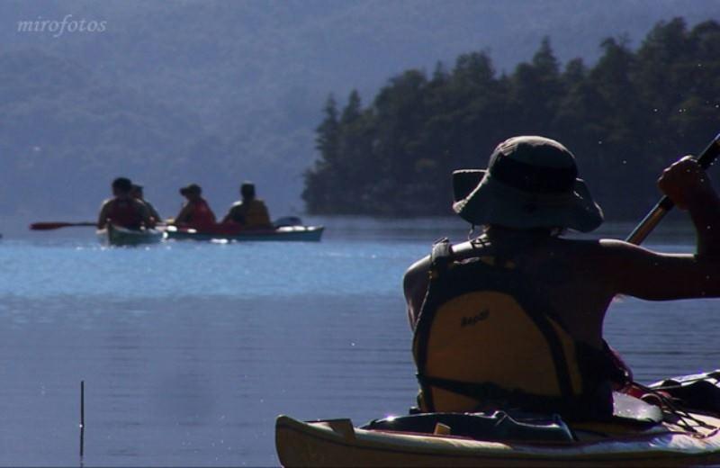 Kayak E Trekking En Lago Mascardi E C. Granitico - 3 Dias