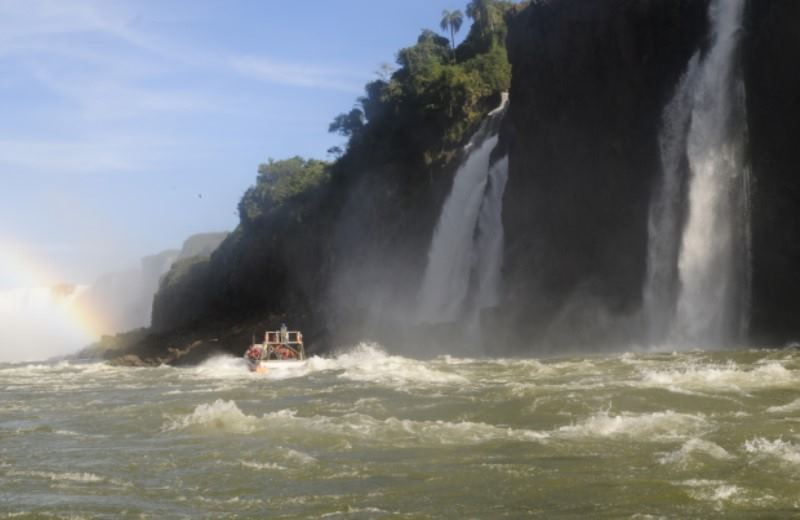 Argentinian Side Iguazu Falls  Private Tour + Fast Boat Private Trip