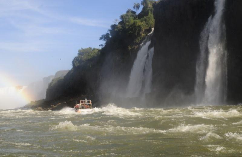 Cataratas Del Iguazu Lado Argentino Privado Y Paseo Privado Gran Aventura