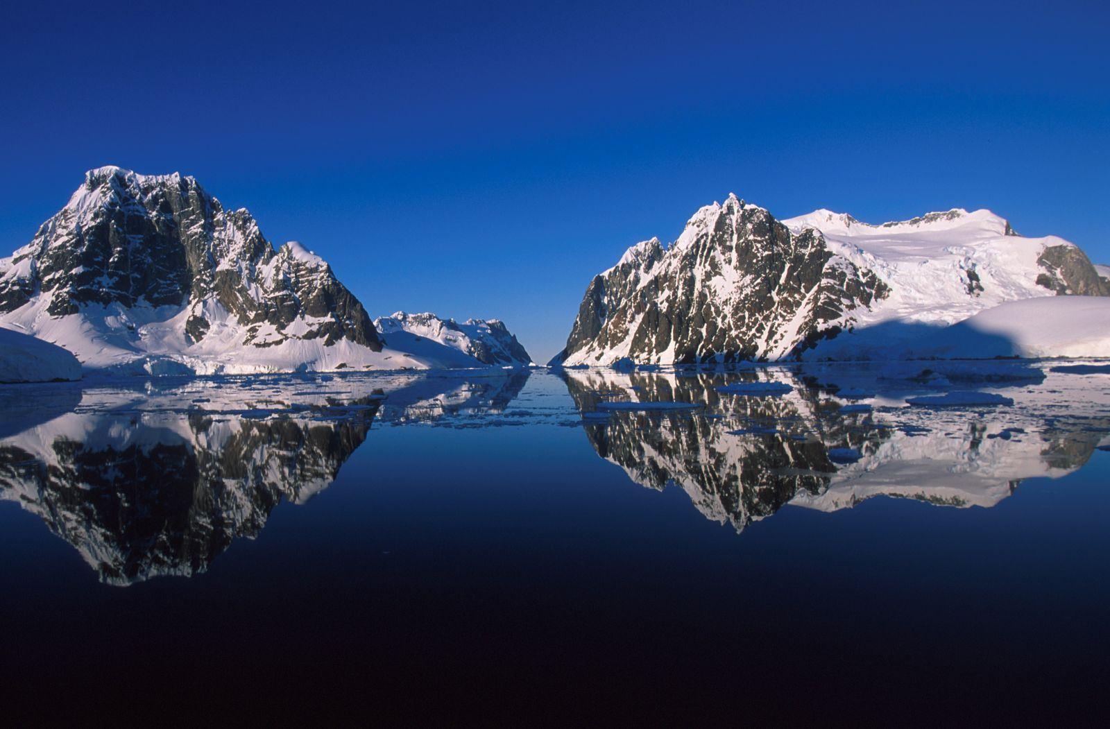 Círculo Polar Cruzeiro - Península Antártica