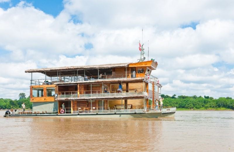 Amazon Jungle Luxury Cruise - Delfin I