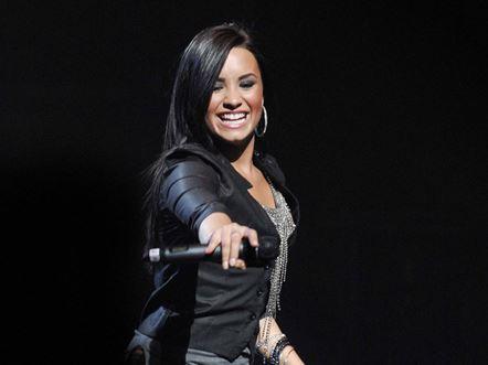 Demi Lovato - Directv Arena