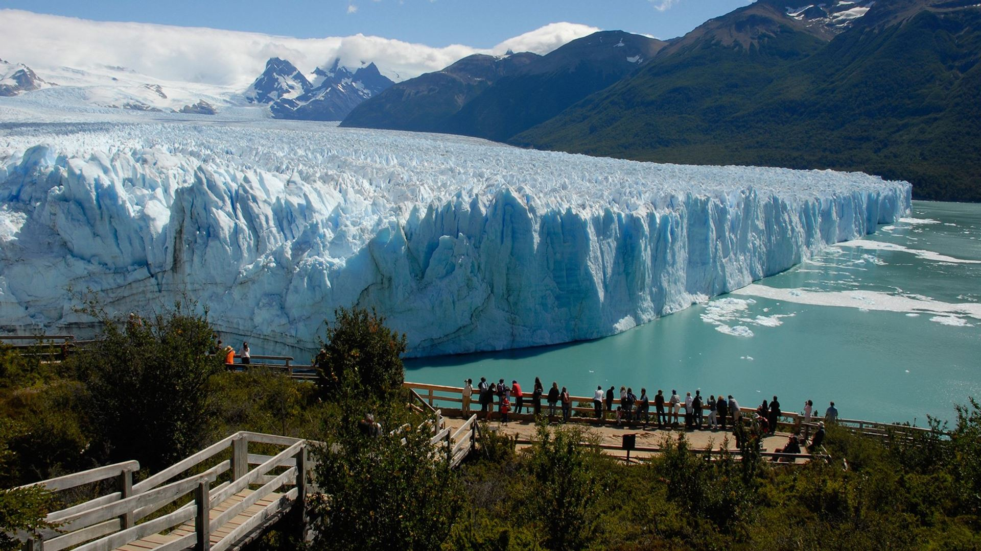 Perito Moreno Glacier Day Tour + Lunch
