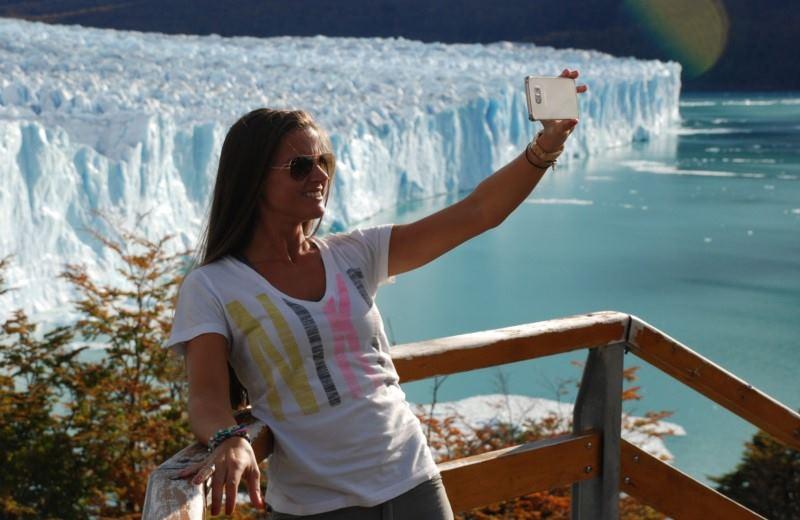 Perito Moreno Glacier + Boat Tour