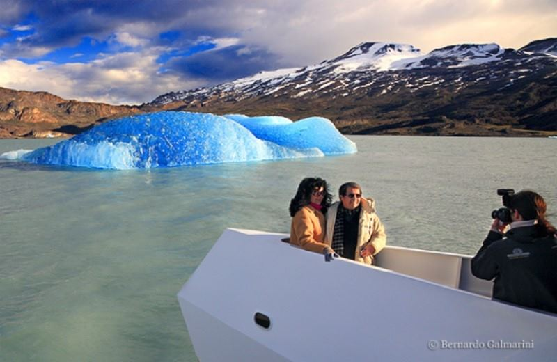 PRIVATE PERITO MORENO GLACIER WITH SAFARI BY BOAT