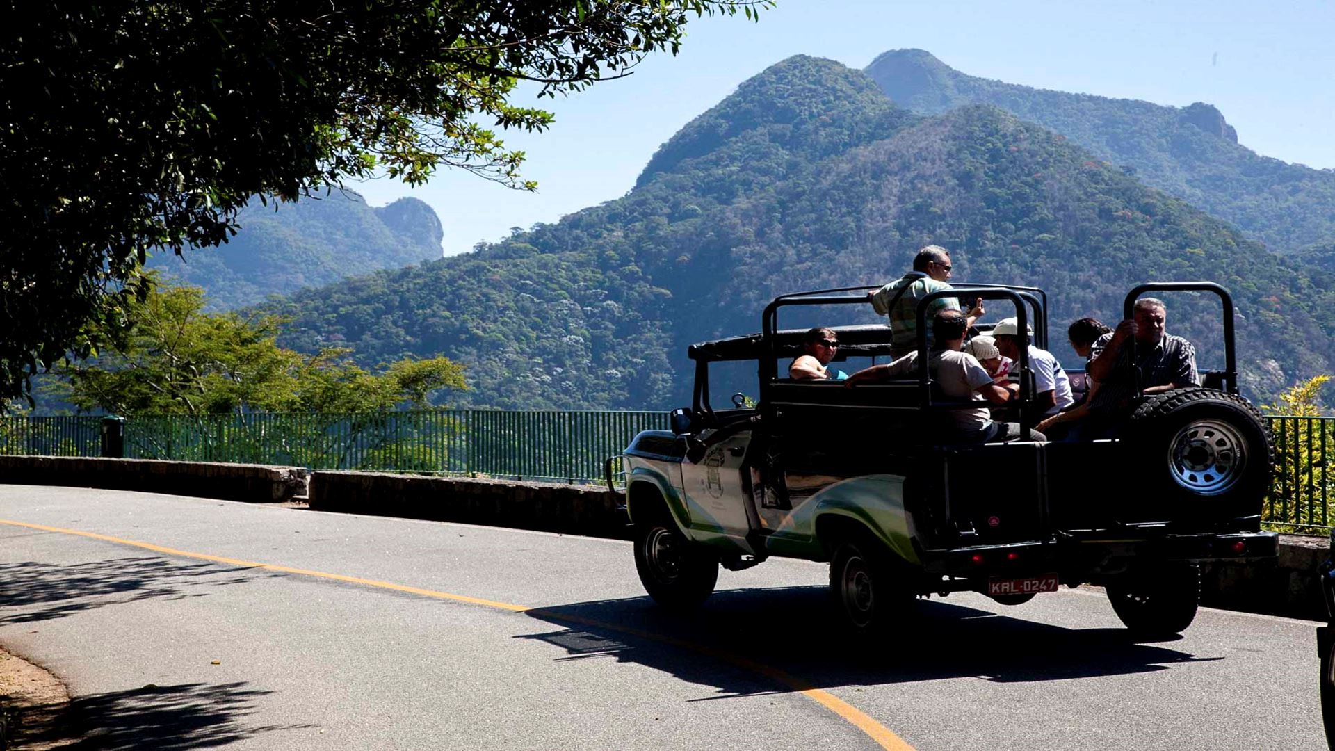 Jeep Tour Botanical Garden and Tijuca Rain Forest