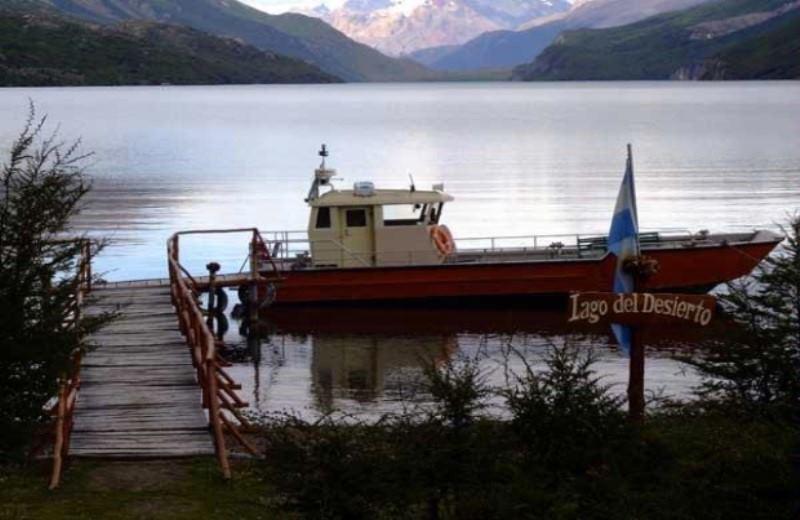 Navegación Lago Del Desierto Con Trekking El Chalten