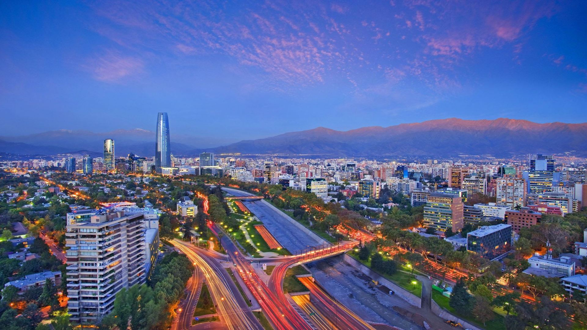 Vacation Package Classic Santiago