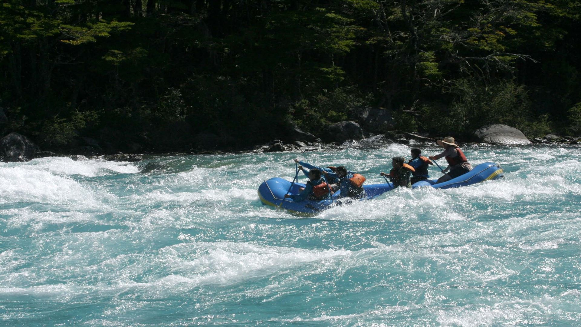 RAFTING ON THE BAKER RIVER