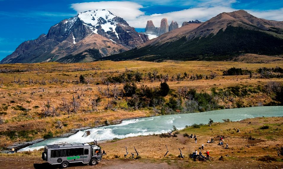 TORRES DEL PAINE TOUR IN THE DAY