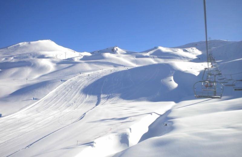 Vallée enneigée