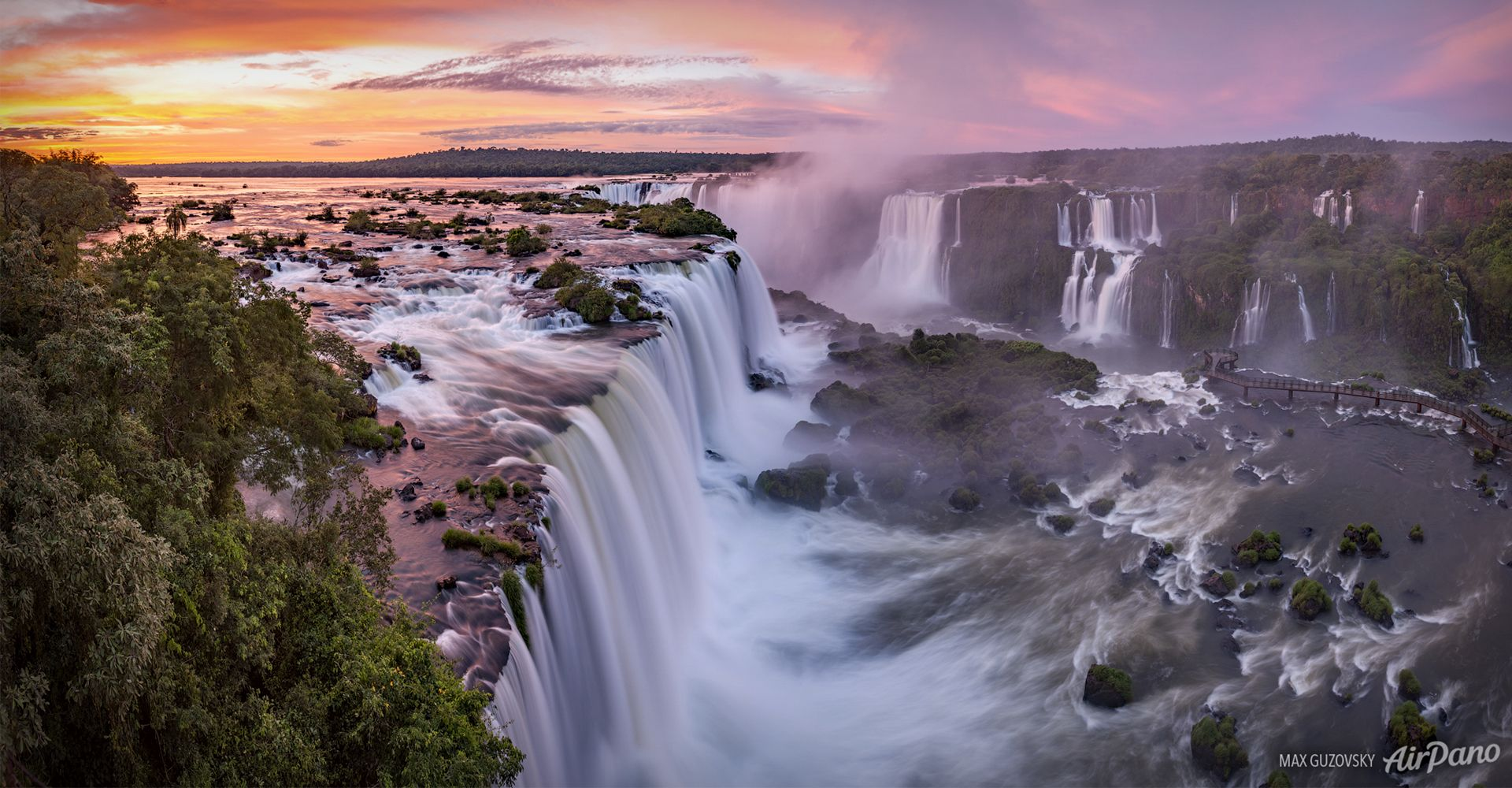 Tourism In The Iguazu Falls