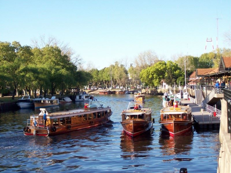 Sailing To Tigre