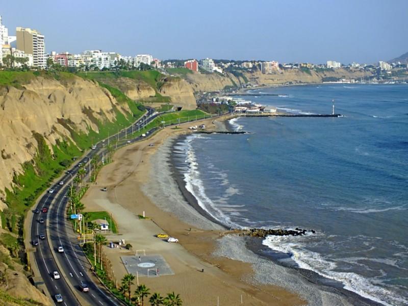 On Lima Green Coast Is Cala, A Restaurant With Spectacular Ocean Views