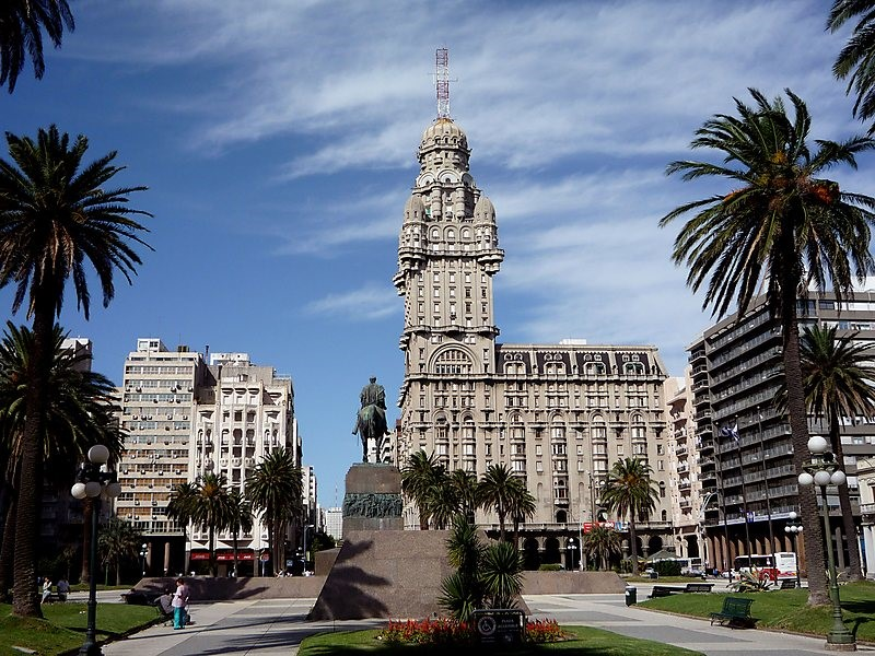 Plaza Independencia Is A Beautiful And Important Square In The Center Of Montevideo