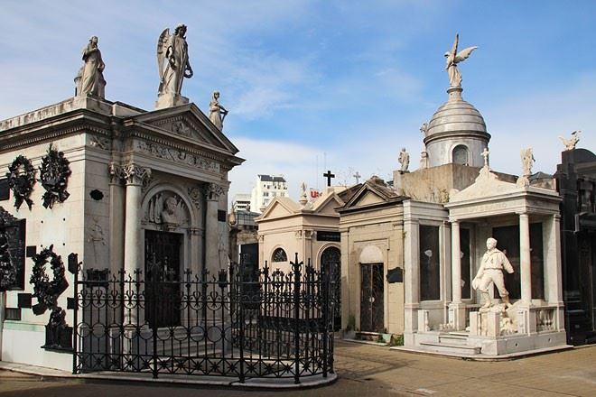Recoleta Cemetery—women On Their Dying Moments